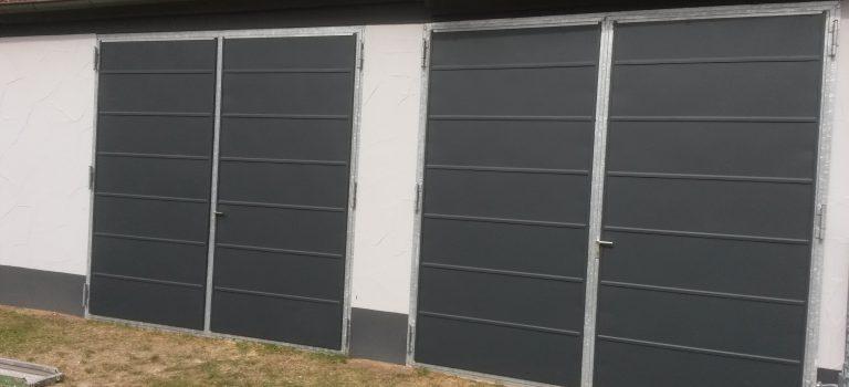 Flügelgaragentor als alternative für kleinere Garagen